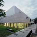Research & Sports Hall of Humboldt University / Scheidt Kasprusch Architekten (16) © Rainer Gollmer