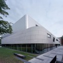 Research & Sports Hall of Humboldt University / Scheidt Kasprusch Architekten (1) © Rainer Gollmer
