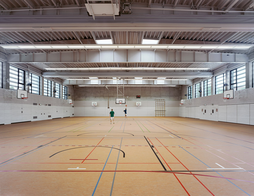 Research & Sports Hall of Humboldt University / Scheidt Kasprusch Architekten