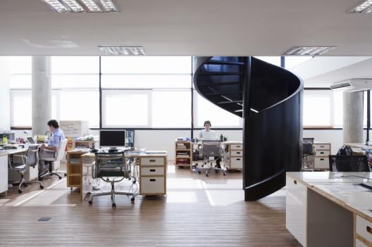 Santa clara ad agency sub estudio archdaily for Ad agency interior design
