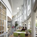 Cleveland State University Student Center / Gwathmey Siegel & Associates Architects with Braun & Steidl Architects  (3) © Brad Feinknopf