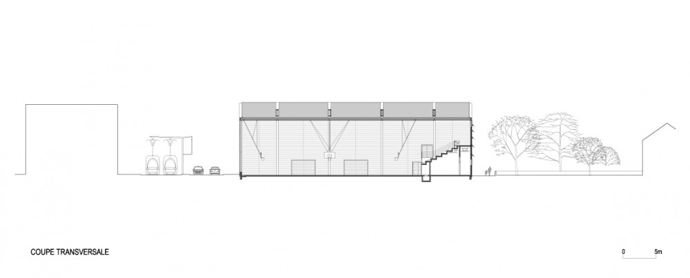 Monconseil Sports Hall / Explorations Architecture