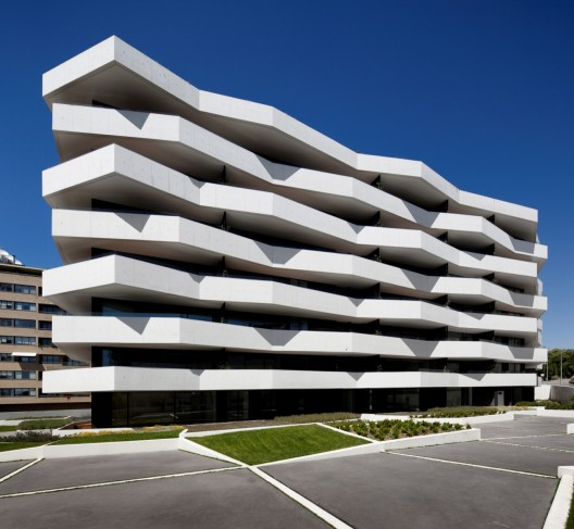 Update: Living Foz / dEMM Arquitectura