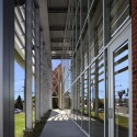 Hemlock Semiconductor Building / BAUER ASKEW Architecture © Jeffrey Jacobs Photography