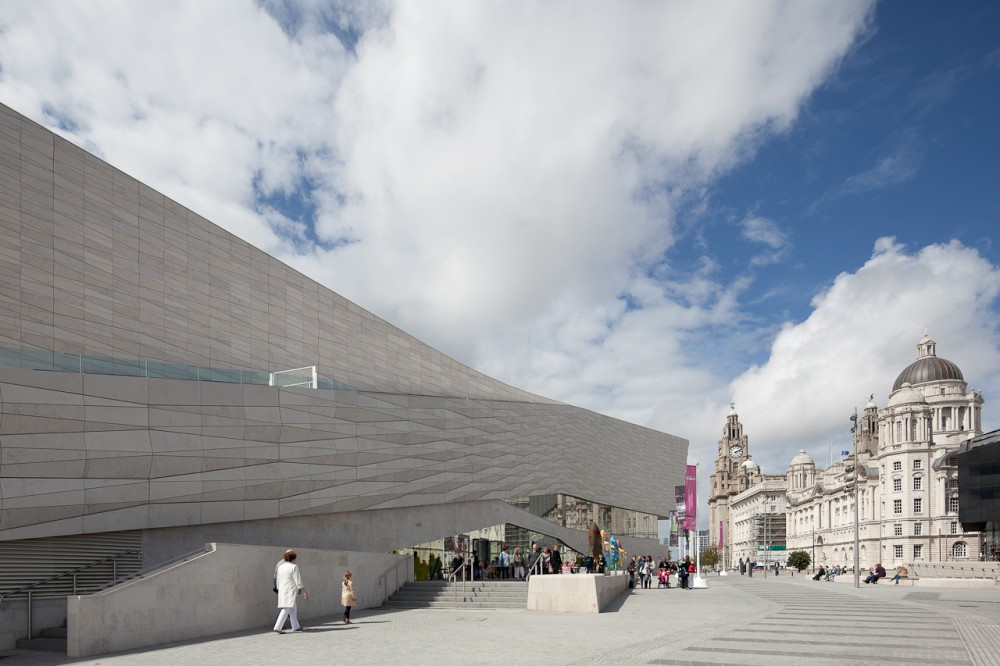 Another look at 3XN's Museum of Liverpool