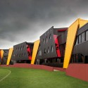Punt Road Oval Redevelopment / Suters Architects  (15) © Emma Cross