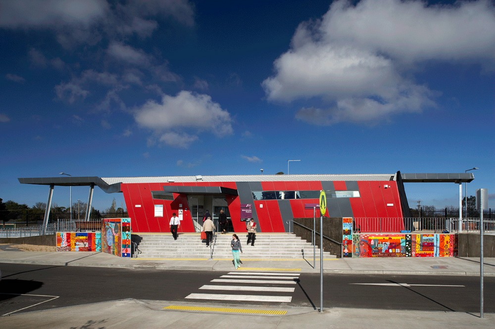 Wendouree Railway Station / Hassell with Parsons Brinckerhoff