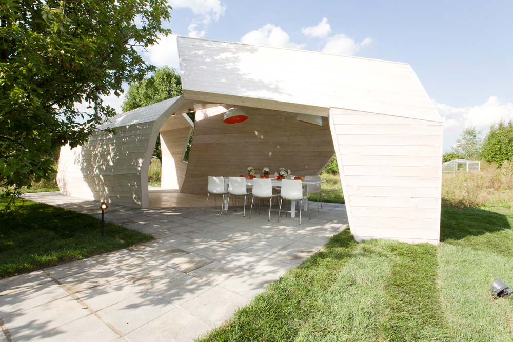 Gazebo for TV Show / za bor Architects