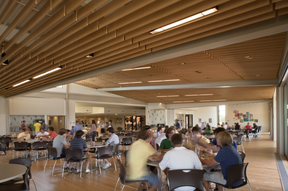Kent Denver Dining Hall / Semple Brown Design