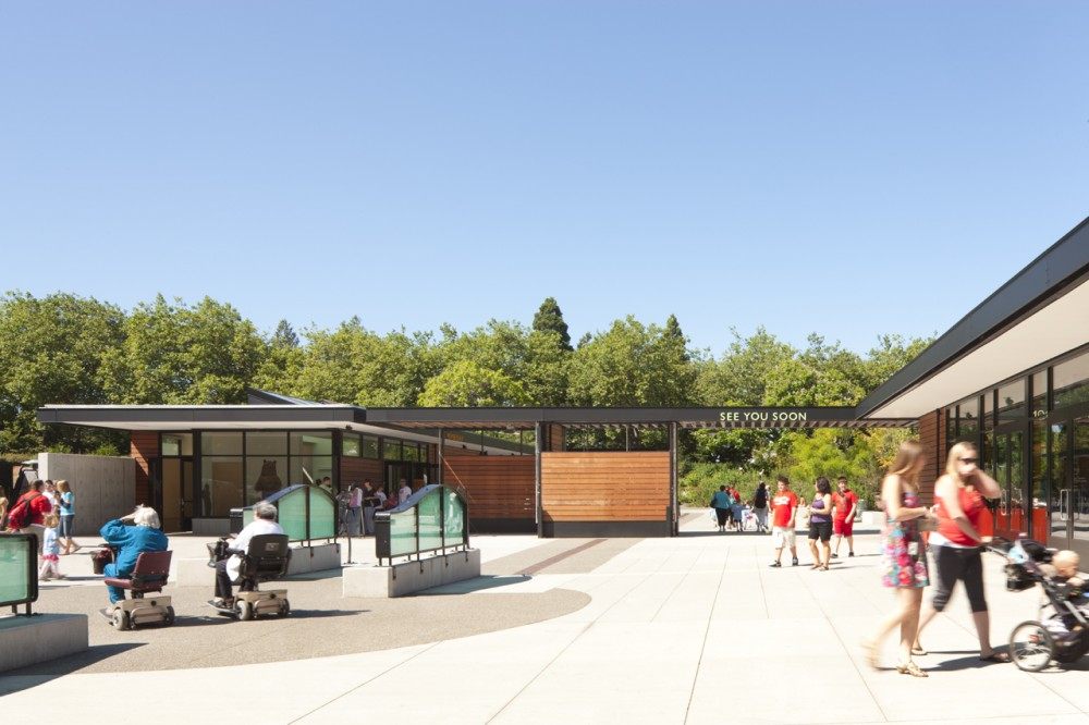 Woodland Park Zoo New West Entry / Weinstein A|U