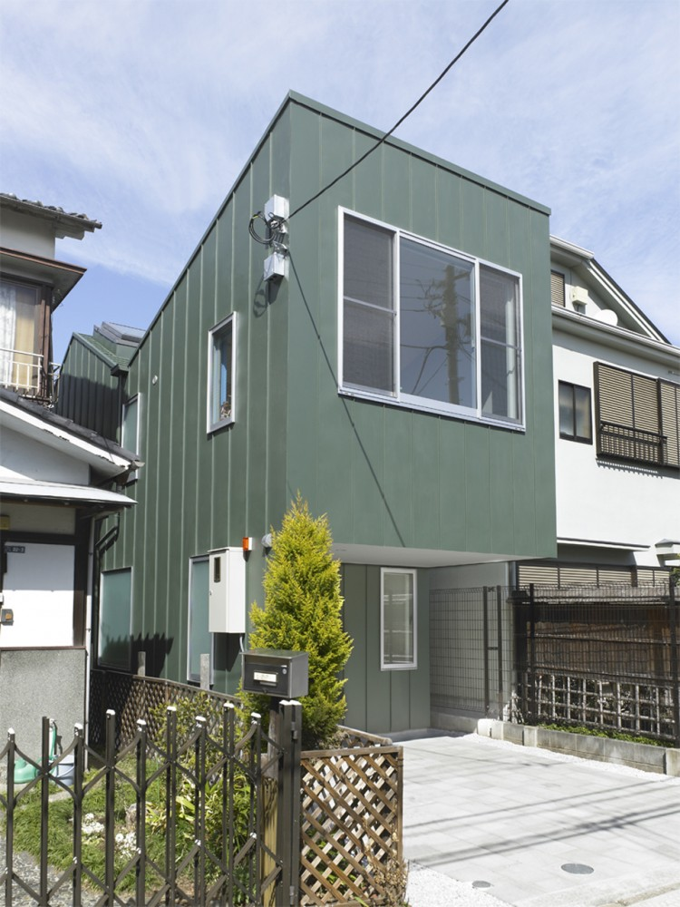 Gate / mihadesign