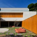 Cobog House / Studio mk27 (33) Nelson Kon
