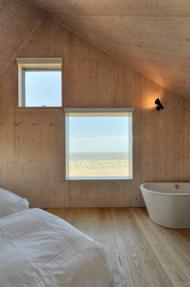 Dune House / JVA