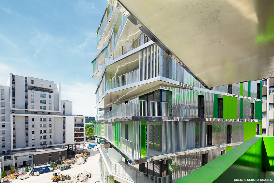 Villiot-Rapée Apartments / HAMONIC + MASSON