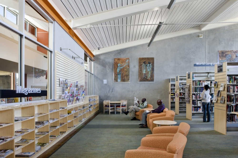 Valley-Hi North Laguna Library / Noll + Tam Architects