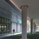Landscape Design for Brockman Hall for Physics at Rice University / The Office of James Burnett (8) © Hester + Hardaway