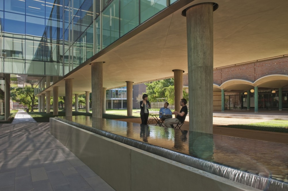 Landscape Design for Brockman Hall for Physics at Rice University / The Office of James Burnett