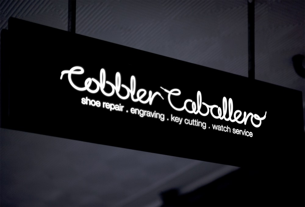Cobbler Caballero Shop / Stewart Hollenstein