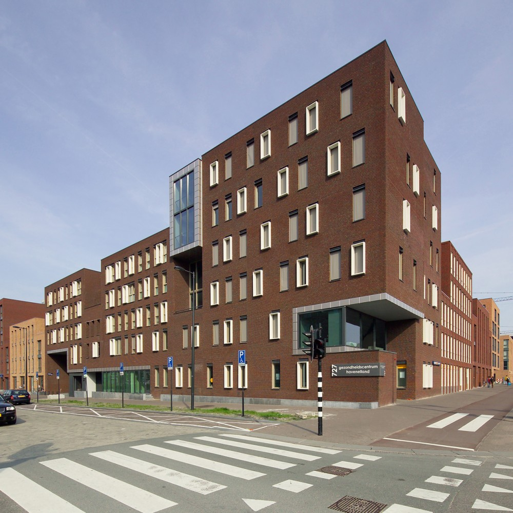 Healthcare Centre IJburg / LEVS Architecten