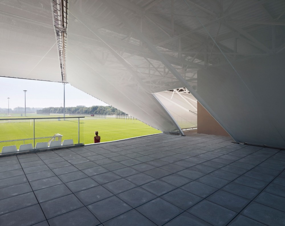 Stadium du Littoral / OLGGA Architects