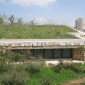 Gutman Visitor Center at the Jerusalem Bird Observatory / Weinstein Vaadia Architects (7) © Amir Balaban