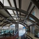Cidade Nova Metro Station and Footbridge / JBMC Architecture © Nelson Kon