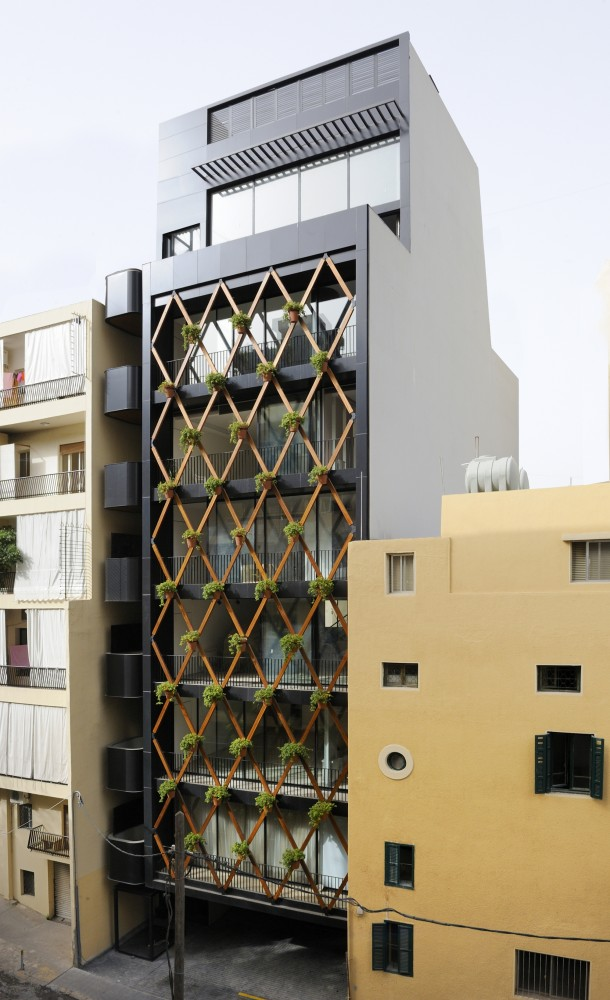 Achrafieh 732 / Bernard Khoury Architects