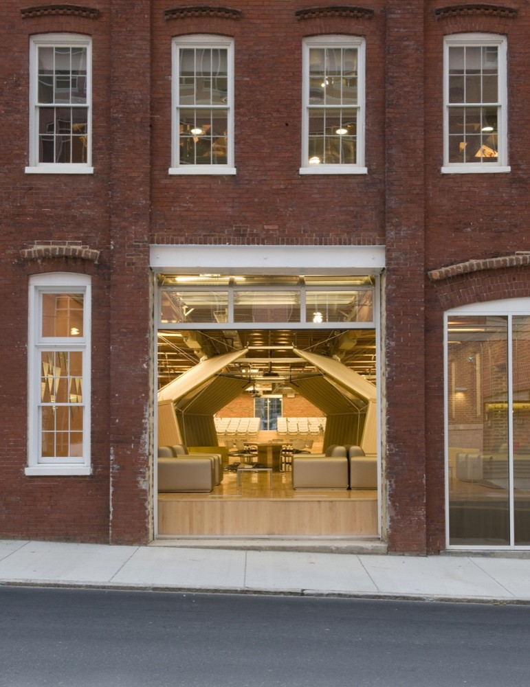 VCU Adcenter (Brandcenter) / Clive Wilkinson Architects