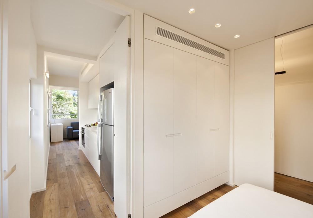 40 Sqm Apartments / SFARO (1) © Boaz Lavi & Jonathan Blum