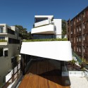 Benelong Crescent Apartments / Luigi Rosselli Architects © Justin Alexander