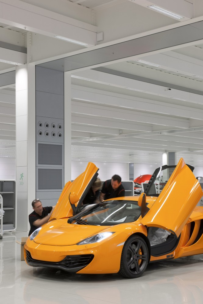McLaren Production Centre / Foster + Partners