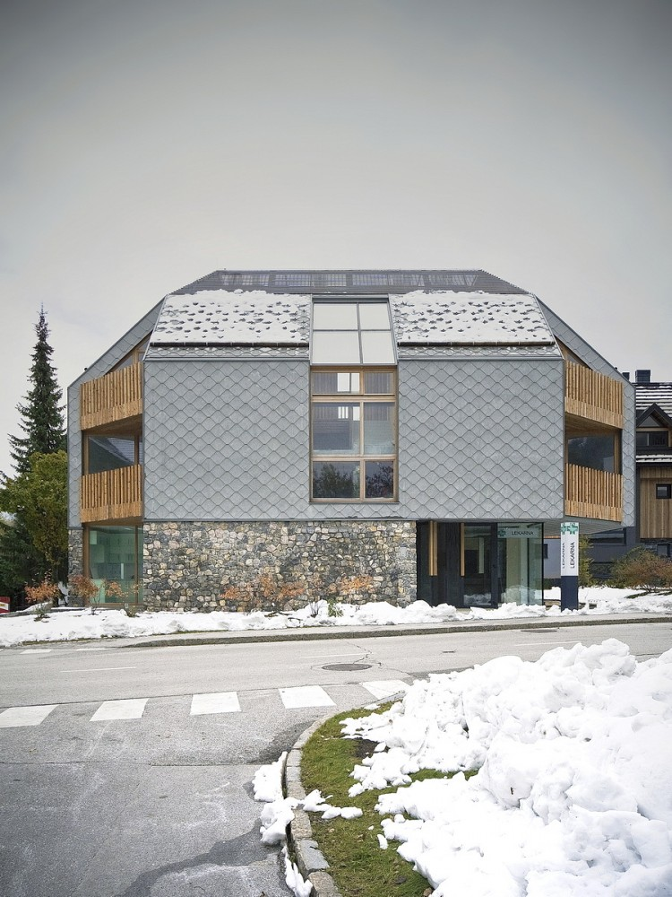 Alpine Ski Apartments / OFIS arhitekti