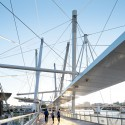 Kurilpa Bridge / Cox Rayner Architects with Arup © Christopher Frederick Jones