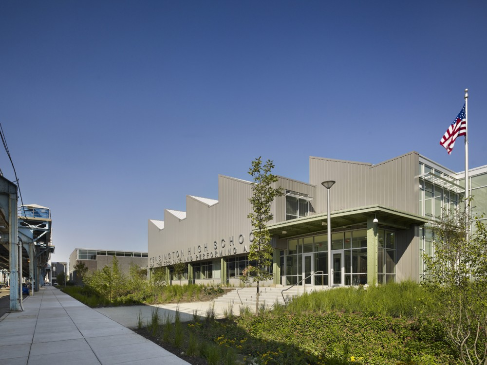 The Kensington Creative and Performing Arts High School / SMP Architects and SRK Architects
