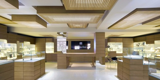 Zlatarna celje jewelry ofis architects archdaily for Jewelry stores in dfw area