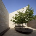 Ramat Hanadiv Visiting Center / Ada Karmi-Melamede Architects (17) © Amit Geron