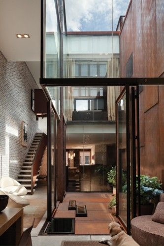 Inverted Warehouse Townhouse Dean Wolf Architects