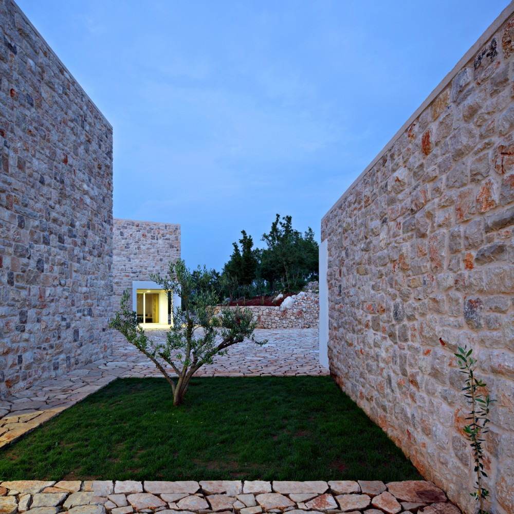 Country House / DVA ARHITEKTA