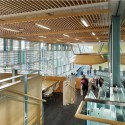 Algonquin Centre for Construction Excellence (ACCE) / Diamond Schmitt Architects (6) © Tom Arban