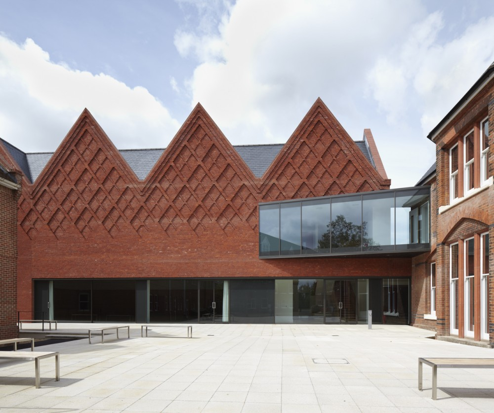 Brentwood School Study Centre and Auditorium / Cottrell &#038; Vermeulen Architecture