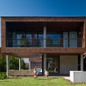 Summer Villa at Lake Balaton / FBI Studio architects © Antal Kiss