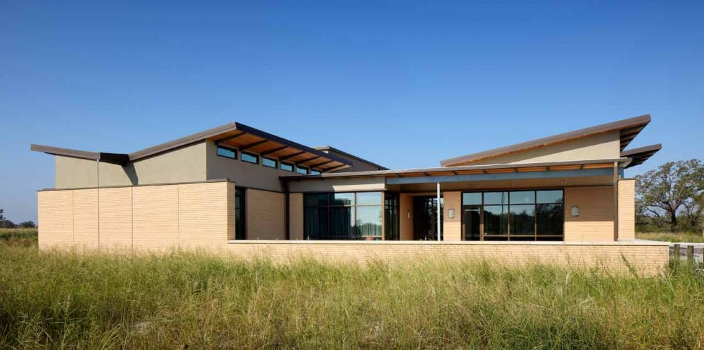 The Greater Texas Foundation Headquarters / Furman + Keil Architects