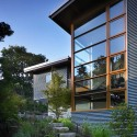 Leschi Residence / Adams Mohler Ghillino Architects Courtesy of Adams Mohler Ghillino Architects