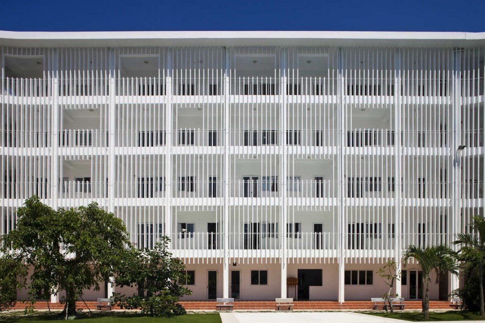 Binh Duong School / Vo Trong Nghia + Shunri Nishizawa + Daisuke Sanuki