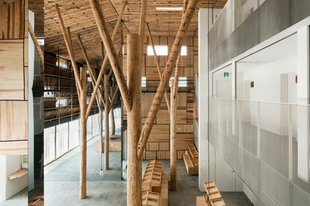 Yusuhara Marche / Kengo Kuma &amp; Associates
