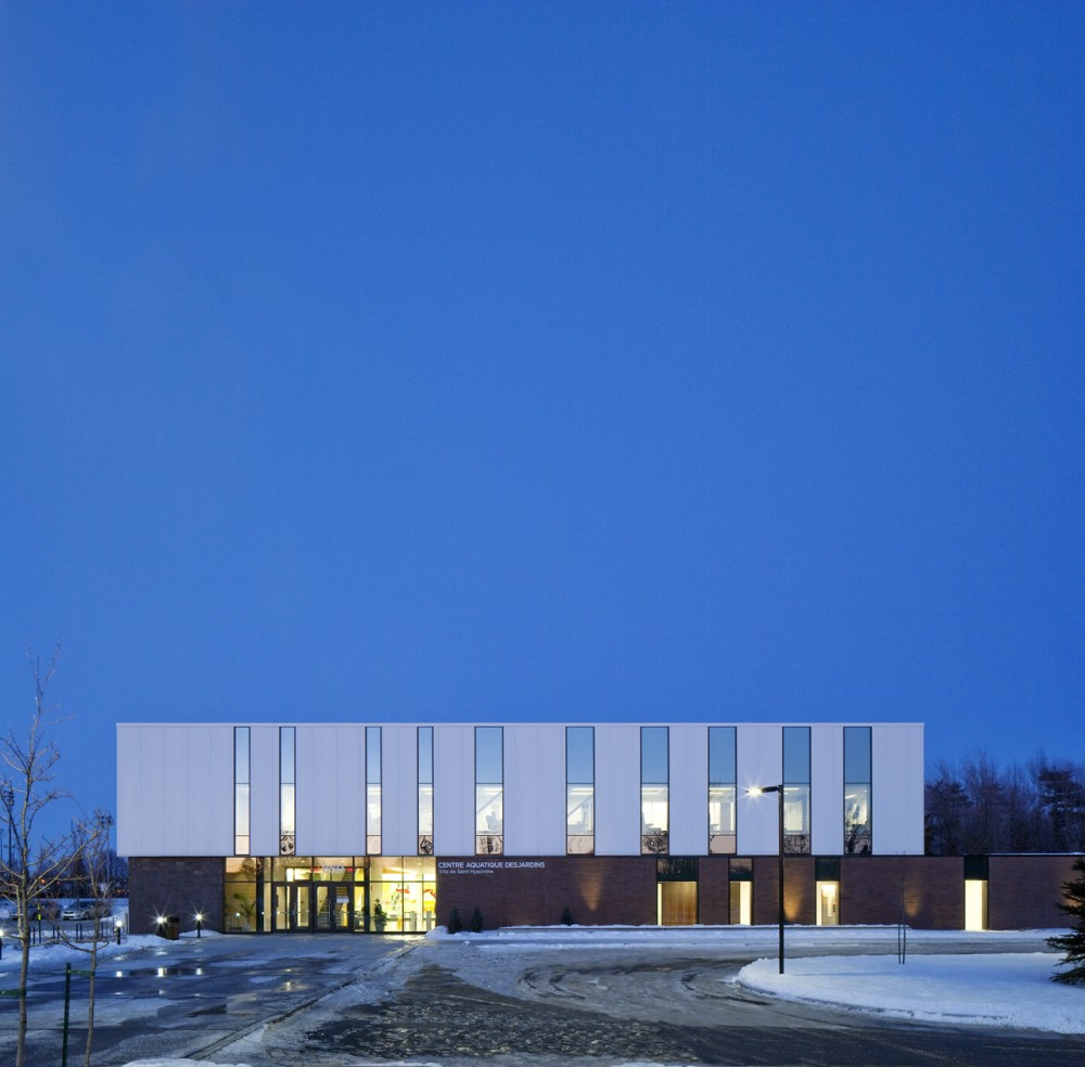 St-Hyacinthe Aquatic Centre / ACDF*