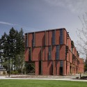 Maier Hall / Schacht Aslani Architects (14) © Doug Scott