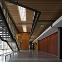 Maier Hall / Schacht Aslani Architects (11) © Doug Scott