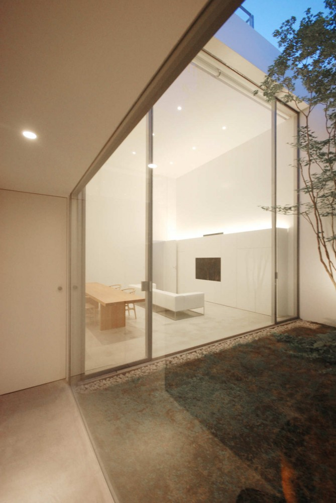 Cube Court House / Shinichi Ogawa & Associates