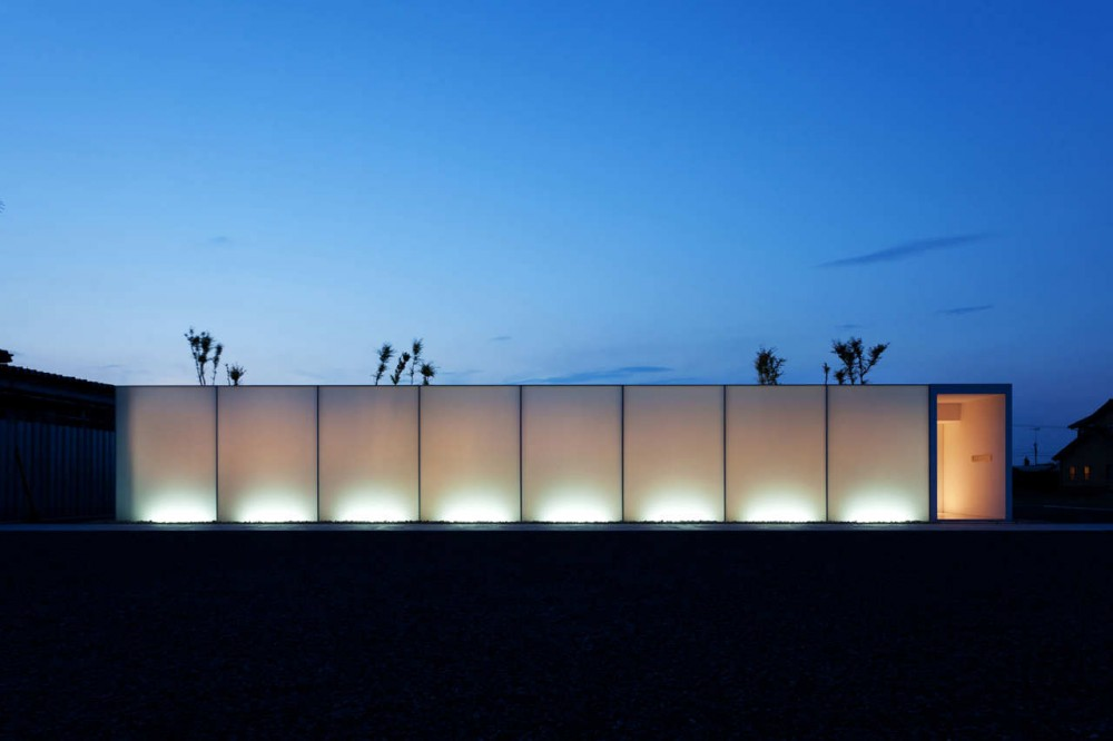 Luminous House / Shinichi Ogawa & Associates